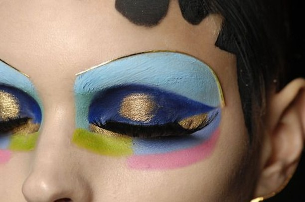 Did you see the 15 Incredibly Inspiring Eye Makeup Lookshellip