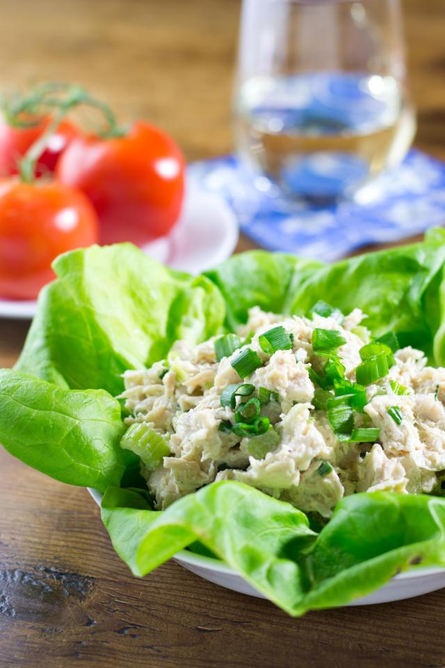 Clean Chicken Salad is made with avocado mayonnaise and does not contain the factory refined oils found in most chicken salad. | QueenofMyKitchen.com