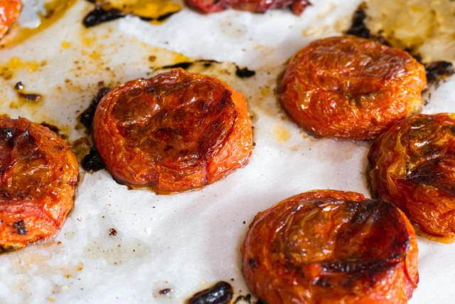 Slow Roasted Tomatoes with Fresh Mozzarella and Basil Cashew Pesto a/k/a Winter Caprese Salad. | QueenofMyKitchen.com