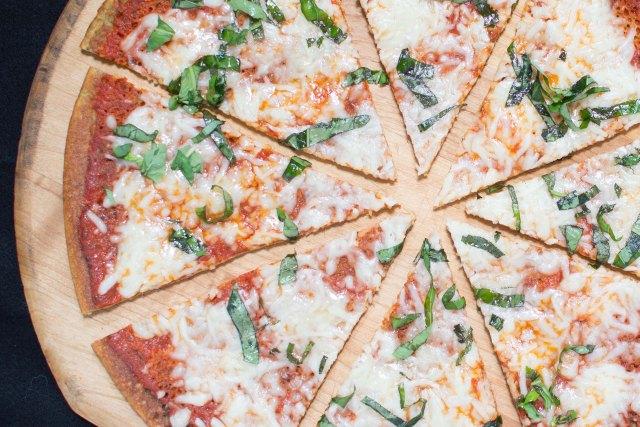 Thin and Crispy Quinoa Crust Pizza. No blender, mixer, or soaking of the quinoa required. Gluten-free. | QueenofMyKitchen.com