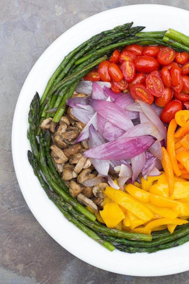 Oven Roasted Vegetable Platter - A great alternative to grilled vegetables and so much easier. Just 15 minutes of roasting time. | QueenofMyKitchen.com