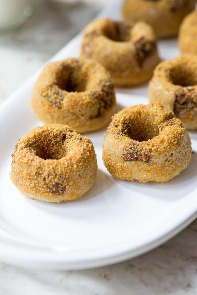 Healthy Salted Caramel Mini Donuts – Gluten-free and dairy-free. Baked not fried. Chock-full of super healthy ingredients and sweetened with unrefined sugar. | QueenofMyKitchen.com