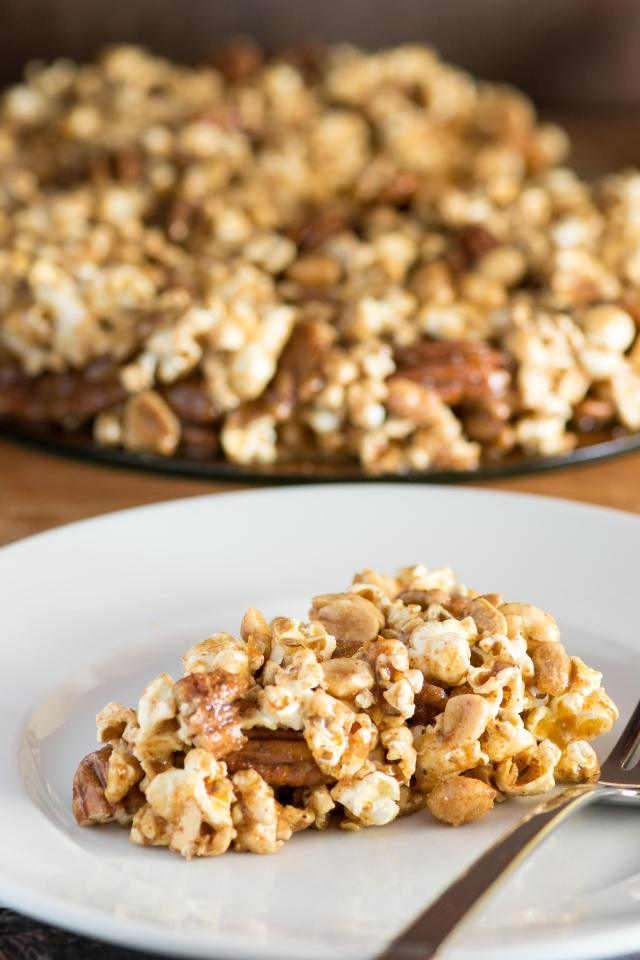 Peanut Pecan Popcorn Pie - A sweet and salty pie made from one of American's favorite whole grain snacks. Vegan, gluten-free, and dairy-free. | QueenofMyKitchen.com