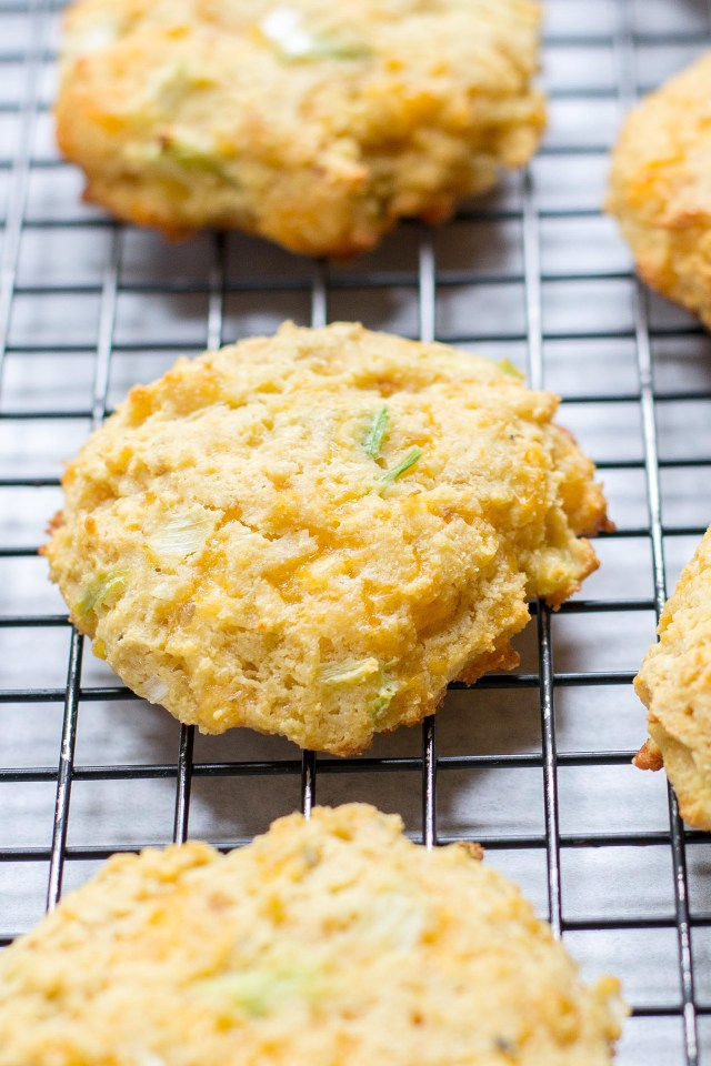 Chickpea Cheddar Kefir Biscuits – Kefir takes the place of buttermilk in these savory, gluten-free biscuits made with nutrient dense chickpea flour. Healthy and delicious comfort food. | QueenofMyKitchen.com