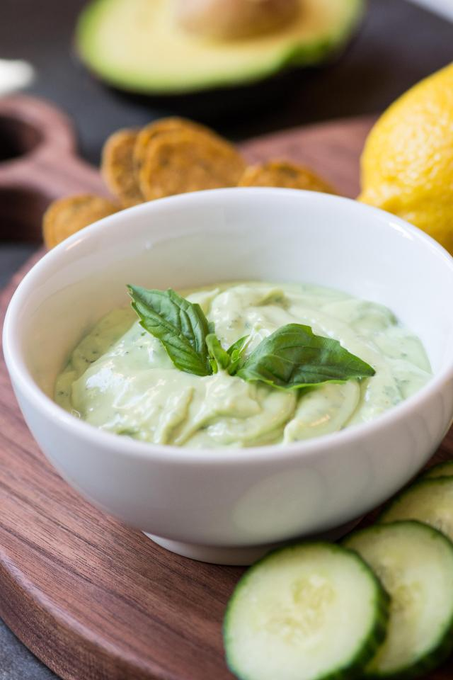 Kefir Avocado Basil Dressing – A light, creamy, delicious dressing infused with fresh basil and chock-full of probiotics. Use it as a salad dressing, dipping sauce or sandwich spread.   QueenofMyKitchen.com #probiotics #kefir #healthyrecipe #healthyeating