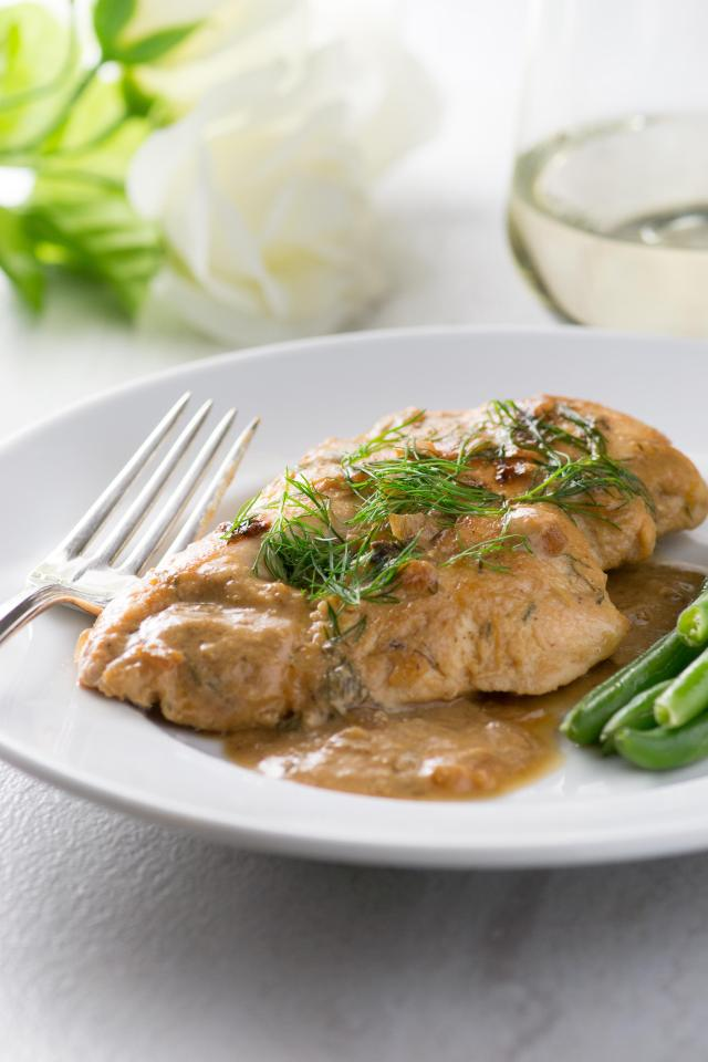 Creamy Maple Mustard Mascarpone Chicken - A fabulous, winter chicken dish with a rich, flavorful sauce. Great make ahead recipe. Gluten-free. #chicken #chickenrecipes #glutenfreerecipes