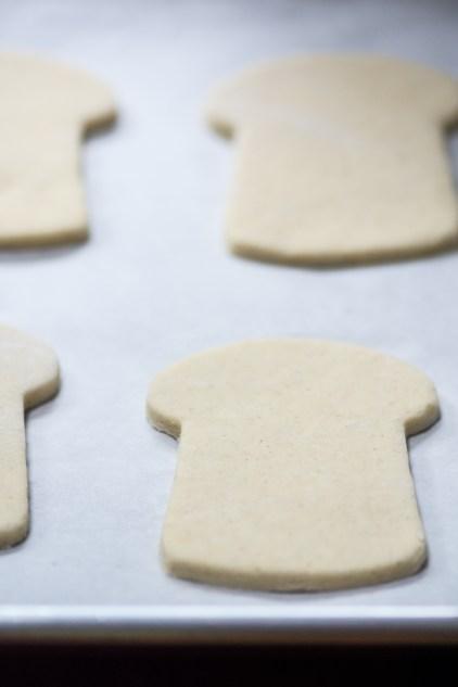 Kefir Flatbreads - Homemade slices of gluten-free bread, made with probiotic rich kefir, in under 30 minutes! | QueenofMyKitchen.com | #flatbread #glutenfree #glutenfreebread #probiotics #kefir #kefirrecipes #noyeastbread #flatbreads #glutenfreerecipes #bread