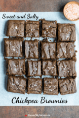Health-minded chocoholics will go crazy for these guilt-free brownies made with super clean ingredients!   QueenofMyKitchen.com   #brownies #chickpeas #chickpeabrownies #healthybrownies #healthydesserts