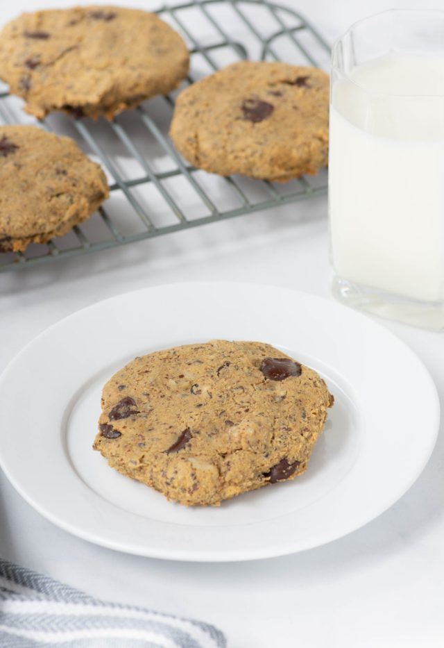 Chickpea Chocolate Chip Cookies - Gluten-free, grain-free chocolate chip cookies made with nutrient dense chickpeas. | QueenofMyKitchen.com | #chickpeachocolatecookie #chickpeachocolatecookies #healthychocolatechipcookies