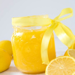 Perfect, creamy and tart homemade lemon curd