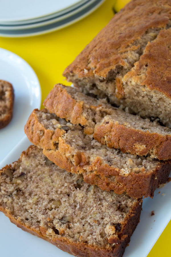 The most amazing banana bread recipe queenslee apptit this is hands down the most amazing banana bread ive ever tasted its forumfinder Images