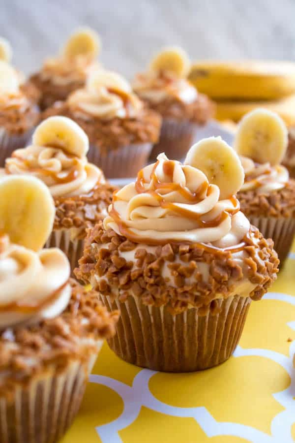 Banana Caramel Cupcakes with Caramel Cream Cheese Frosting