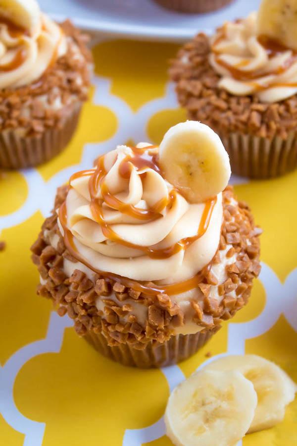 Light Fluffy Banana Cake Recipe