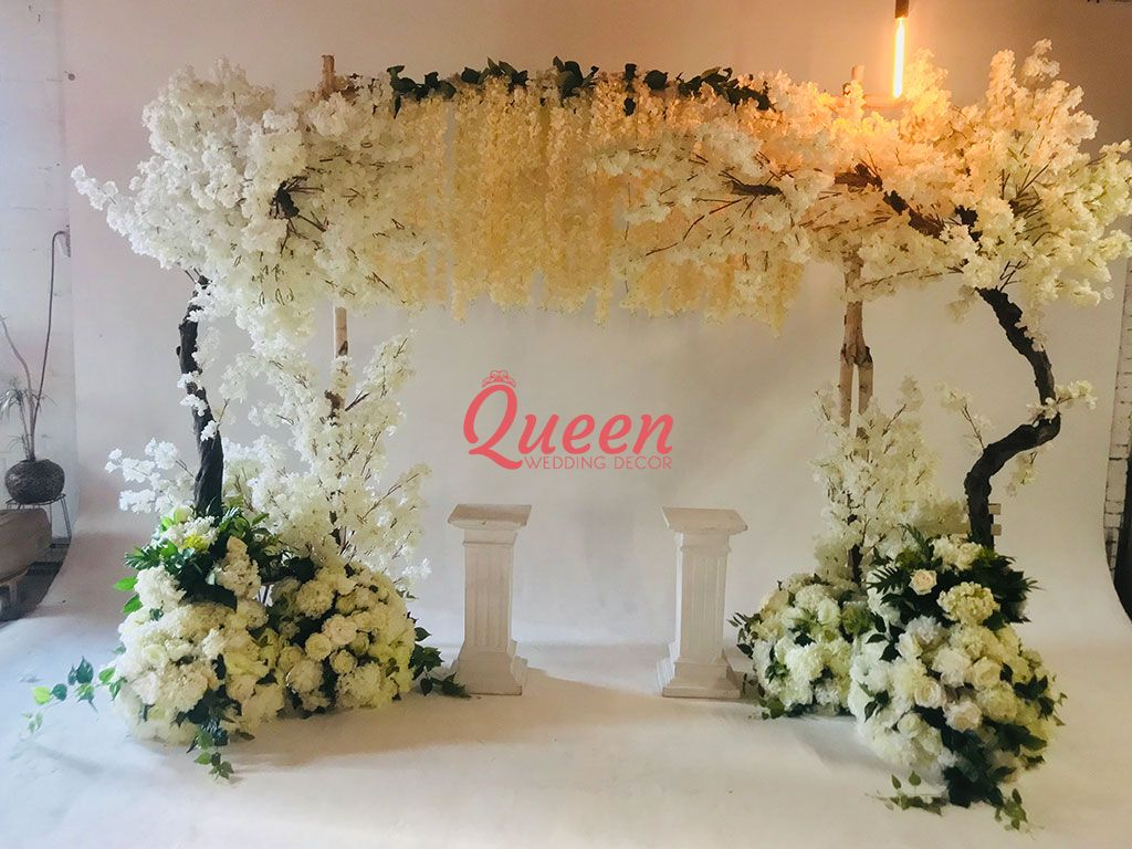 wedding chair cover hire scarborough round table with 5 chairs queen decor toronto markham mississauga
