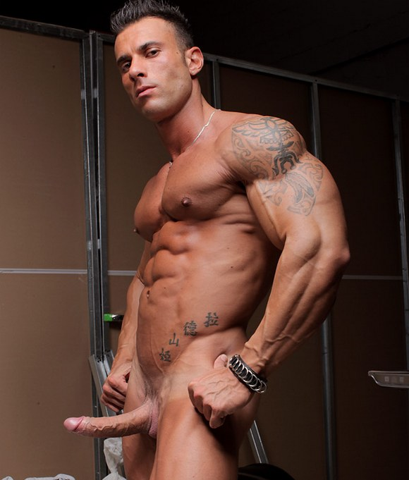 gigolos gay rosso escort gay