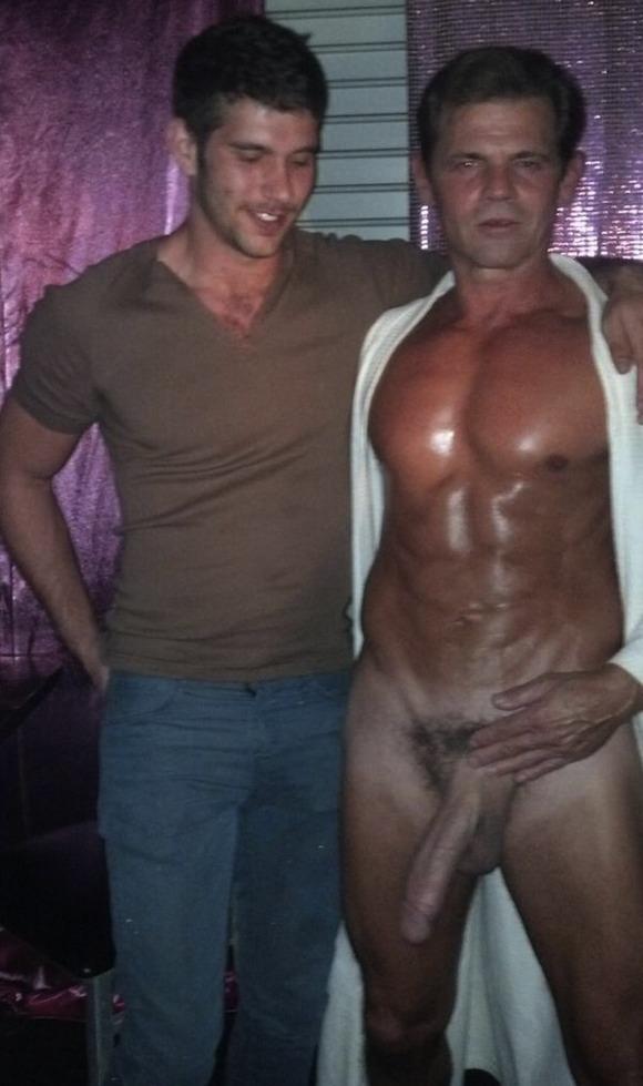 Chat room uk gay