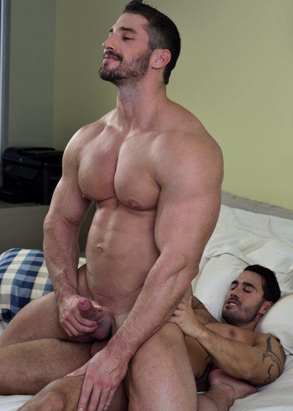 Bareback fucking gay photo