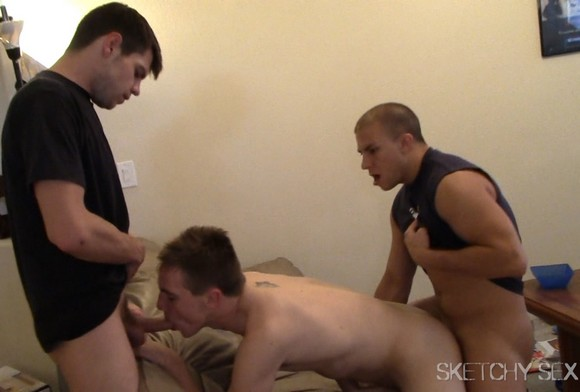 Eli Hunter Bareback Sketchy Sex 3way