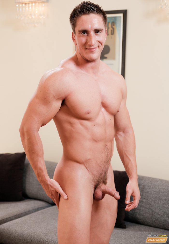 victor-powers-muscle-bottom-gay-porn-star-naked