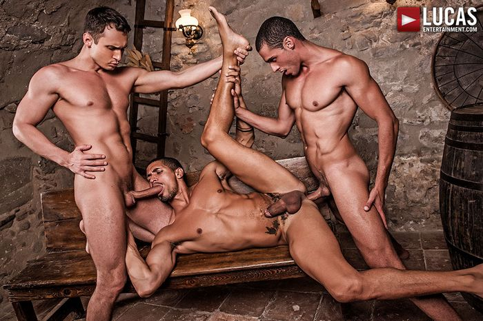 ibrahim-moreno-alex-kof-javi-velaro-gay-porn-2