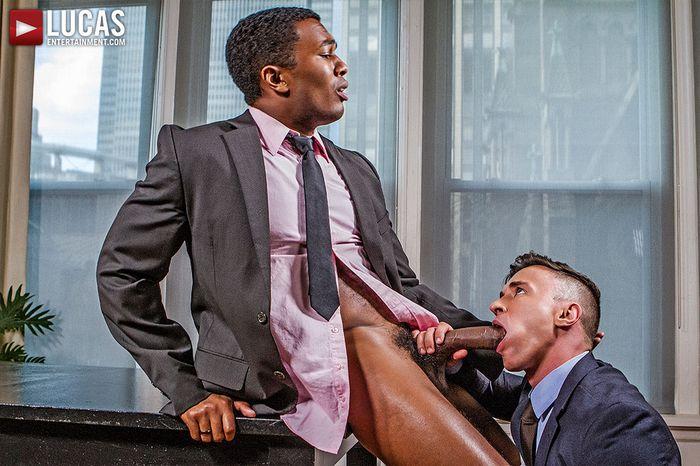 sean-xavier-alexander-volkov-interracial-gay-porn-1