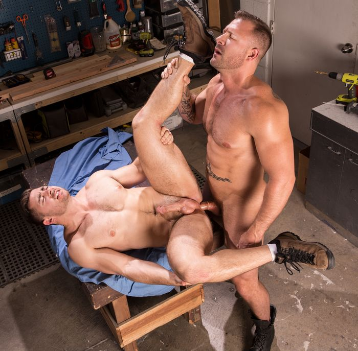 Derek Bolt Gay Porn Austin Wolf Muscle Hunk Bodybuilder Sex