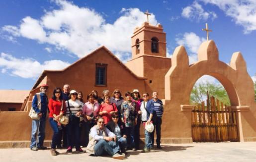 Adultos mayores  visitan San Pedro de Atacama