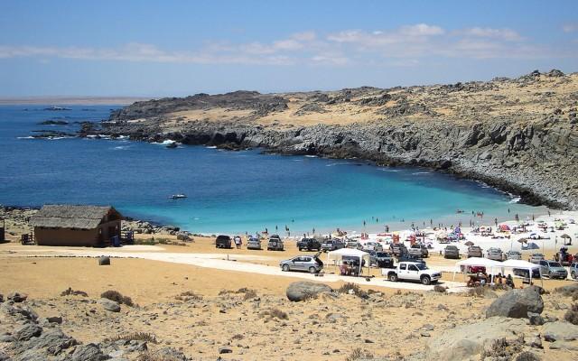 Playa La Virgen: Maravíllate con sus aguas de intenso color turquesa