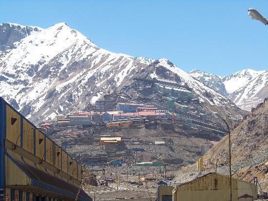 Machalí: Un paisaje marcado por la belleza de la Cordillera de los Andes