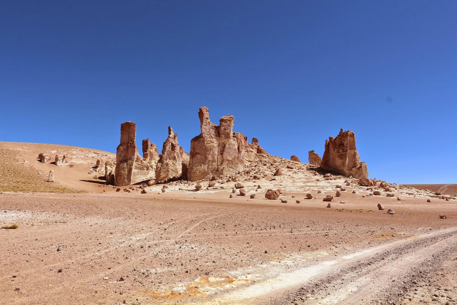 Monjes de la Pacana: Un misterio del viento en San Pedro de Atacama