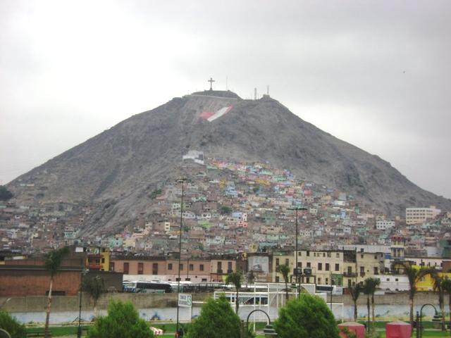 ¿Por qué no debes dejar de visitar el cerro San Cristóbal?