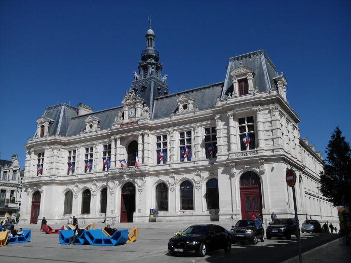 Hotel de ville (Poitiers)
