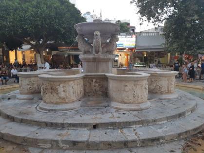 Fontaine Morosini ou aux lions (Héraklion - Crète)