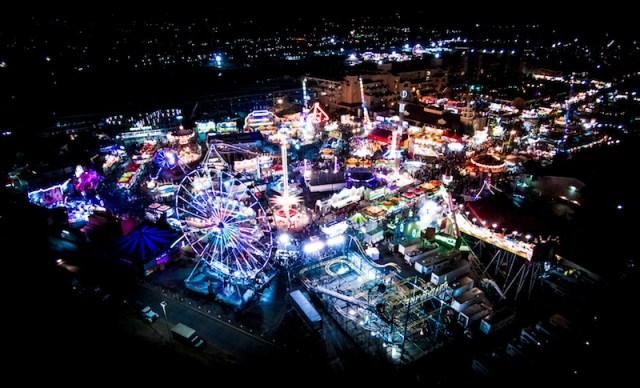 Feria Del Mar, California