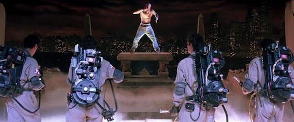 Tupac y los Caza-Fantasmas