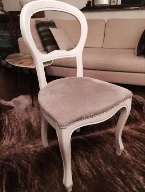 Care vecchie sedie arriva lo shabby chic quello for Sedie shabby chic usate