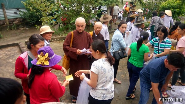 Cứu trợ tại Xã Vĩnh Thái,TP.Nha Trang