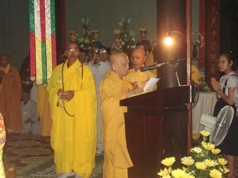 Hoà Thượng Thích Như Đạt, Tổng vụ trưởng Tổng vụ Tăng sự, cung tuyên Thông điệp Phật đản