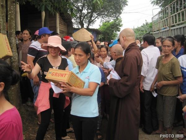 Cứu trợ tại Xã Thanh Hóa, Huyện Tuyên Hóa,Tỉnh Quảng Bình