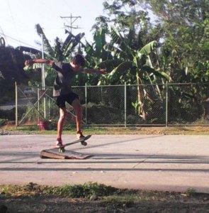 Parrita skateboarder
