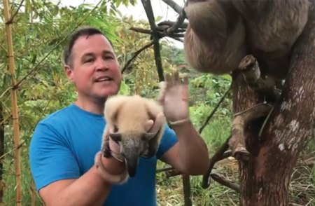 Jeff Corwin and Peanut