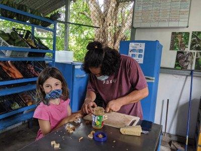 Dani and Keylor preparing food