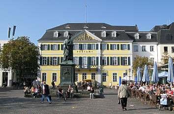 Quermania  Bonn  Mnsterplatz  BeethovenDenkmal