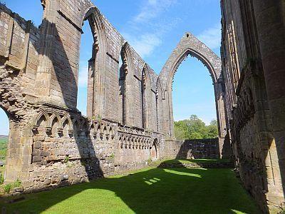Priory ruins, Bolton Abbey