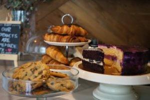 restaurante-bloom-bcn-bistrot-cafeteria-que-se-cuece-en-barcelona-planes-1-5