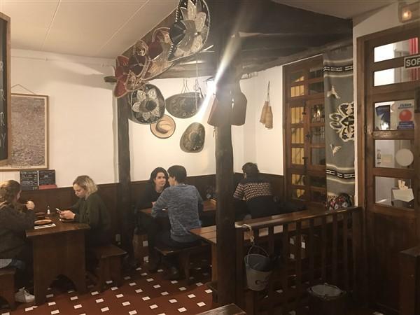 restaurante cantina mexicana que se cuece en bcn planes barcelona (27)