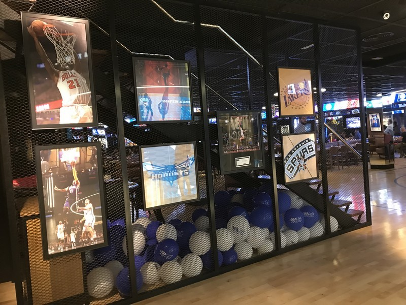 NBA Cafe restaurante que se cuece en bcn planes barcelona (33)