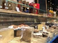 Restaurante La Quesera Barcelona fondues raclettes que se cuece en Bcn (27)