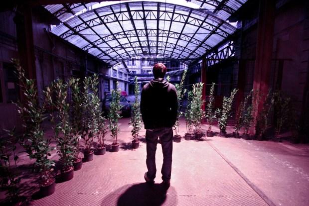 vie,temps,question de vie,faire,toujours,monde,moment,choix,simplement,présent,certain moment,a man and his lonely days