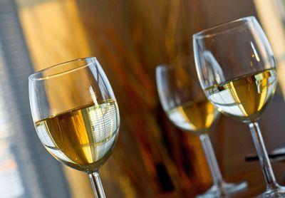 calici-vino-bianco